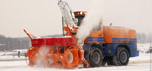Как борются со снегом и льдом в аэропорту Домодедово