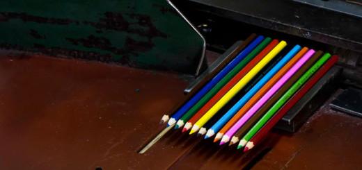 Как делают карандаши из сибирского кедра