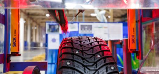 Как делают ошиповку на зимних шинах